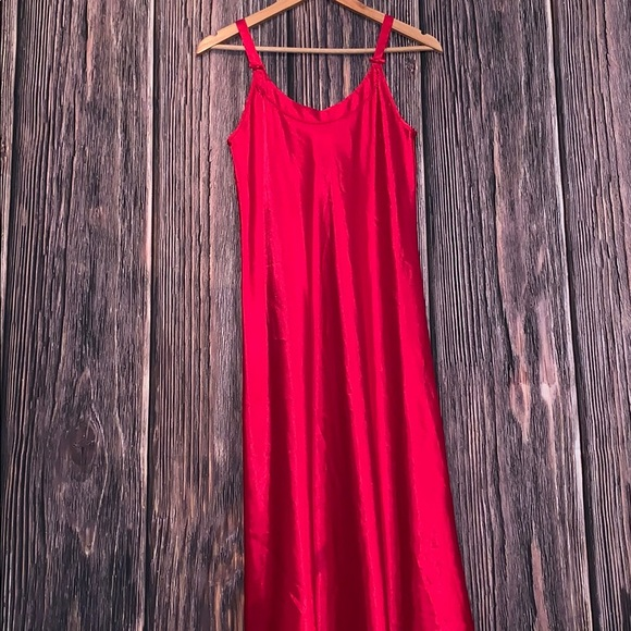 Oscar de la Renta Sleepwear Other - Vintage Oscar de la renta red slip nightgown
